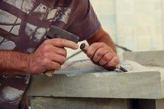 Un escultor es imagen de archivo libre de regalías