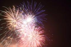 Un'esplosione dei fuochi d'artificio Immagini Stock Libere da Diritti