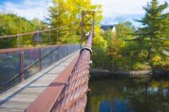 Un'estate su un ponte Immagini Stock