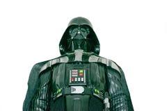 Un estudio tiró de una figura de acción de Darth Vader de la serie Star Wars de la película Fotografía de archivo libre de regalías
