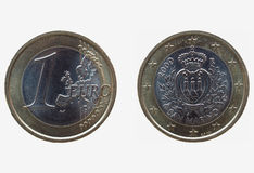 Un euro et x28 ; EUR& x29 ; pièce de monnaie du Saint-Marin Image libre de droits