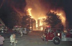Un feu d'appartement de 3 alarmes dans Kentland, DM photos libres de droits