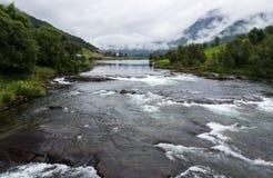 Un fiume rurale immagini stock