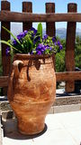 Un florero de la arcilla Imagen de archivo libre de regalías