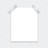 Un foglio di carta allegato con un nastro adesivo con un'ombra su un fondo trasparente Modello per il vostro progetto Fotografie Stock