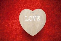 Un fond rouge de scintillement, fausse pierre, cadeau de jour du ` s de Valentine pour Image libre de droits