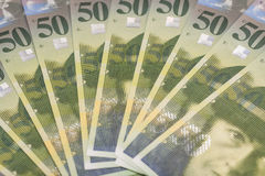 Un fondo di 50 fatture del franco svizzero Immagine Stock Libera da Diritti
