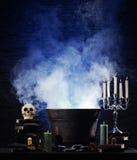 Un fondo di Halloween con molti elementi Fotografie Stock