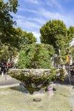 Un fontain di nove cannoni in Aix en Provence Immagini Stock Libere da Diritti