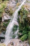 Un fragmento de una cascada Imagen de archivo