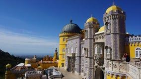 Un frammento del palazzo nazionale di Pena nello stile di romanticismo, Sintra, fotografia stock libera da diritti