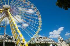 Un funfair del verano en los jardines de Tuileries, en el centro del par Imágenes de archivo libres de regalías