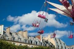 Un funfair del verano en los jardines de Tuileries, en el centro del par Foto de archivo libre de regalías
