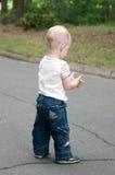 Un garçon tourné loin Photos libres de droits