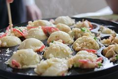 Un genere di piatto giapponese come Takayaki immagini stock libere da diritti
