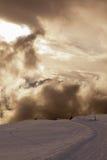 Un giorno nuvoloso nelle alpi svizzere Fotografia Stock Libera da Diritti