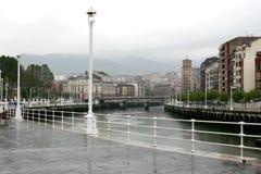 Un giorno piovoso a Bilbao, la Spagna Immagine Stock