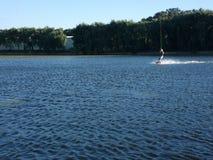 Un giorno sul lago = un mese nella casa Fotografia Stock