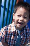 Un giovane ragazzo felice Fotografia Stock Libera da Diritti