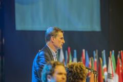 Un giovane summit mondiale a Den Haag City The Netherlands 2018 Sommità di Ronan Dunne Speeches At The immagine stock