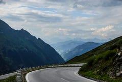 Un giro di più alta strada sorta della montagna in Austria - strada alpina di Grossglockner alta Fotografie Stock