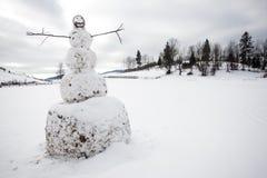 Un grand bonhomme de neige Images libres de droits