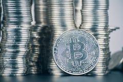 Un grand nombre de bitcoin photos libres de droits