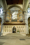 Un grand organe de cathédrale de Rochester, Kent, R-U. Photographie stock libre de droits
