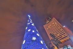 un grande dell'albero di natale ad all'aperto alla HK centrale immagini stock
