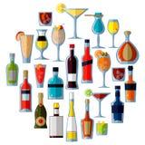 Un grande insieme dei cocktail e delle bevande alcolici nello stile piano di vettore royalty illustrazione gratis