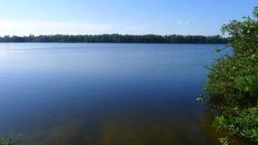 Un grande lago Immagini Stock