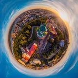 Un grande panorama di 360 gradi nell'alta risoluzione della città di Kiev su Podol al tramonto Fotografie Stock Libere da Diritti
