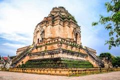 Un grande stupa fotografia stock libera da diritti