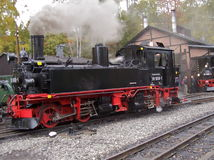Un grande vecchio treno funzionante del vapore Immagini Stock