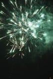 Un grande y pequeños dos fuegos artificiales brillantes Imagenes de archivo