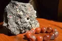 Un grosso pezzo di giada cruda Fotografia Stock