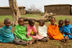 Un groupe de beaux enfants de kenyan Photos stock