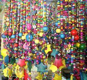 Un groupe de perles en bois pour des souvenirs Photos stock
