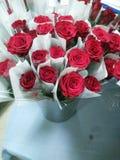 Un groupe de roses rouges, Valentine& x27 ; amour de s Photos libres de droits