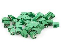 Un grupo de alambre para subir a los conectores imagen de archivo libre de regalías