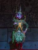 Un grupo de bailarines de Aspara se realizaba en un público se realiza en Siem Reap, Camboya Fotografía de archivo libre de regalías