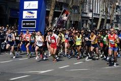 Un grupo de corredores en start-1 Fotos de archivo