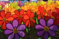 Un grupo de molino de viento de la flor de los juguetes Foto de archivo libre de regalías