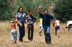 Un grupo de niños que juegan en Kosovo Fotografía de archivo libre de regalías