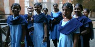 Un gruppo di allievo indiano in uniforme Fotografia Stock Libera da Diritti
