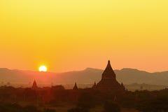 Un gruppo di pagode di Bagan nel Myanmar Fotografia Stock