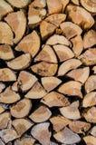 Un gruppo di tronchi di albero tagliati Fotografia Stock Libera da Diritti