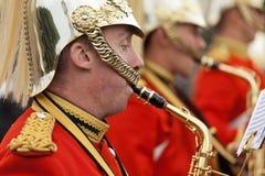 Un guardia real en el Buckingham Palace Foto de archivo libre de regalías