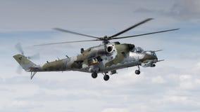 Un hélicoptère HIND soviétique de l'ère Mi-24 Photos stock