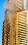 Un hôtel sur le feu le 1er janvier 2016 Images stock